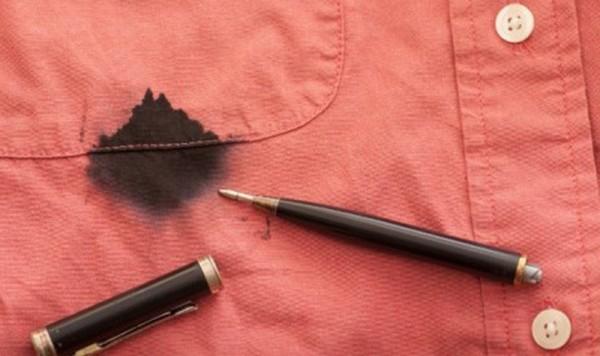 Cara Jitu Menghilangkan Noda Tinta di Baju
