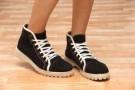 Casual Shoes Sepatu DOK01 Warna Black