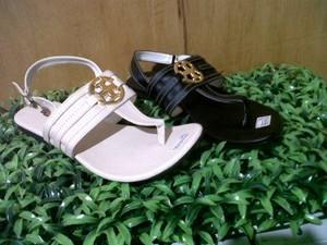 Flat Sandal AVEGA Casual Trendy