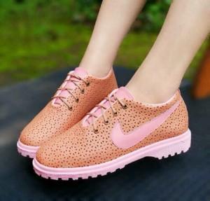 Sepatu Kets Wanita Cewek Casual Docmart PN026 – PN26