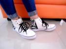 Russel Casual Shoes Sepatu Warna Putih