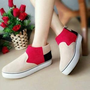 Boots Sepatu Cewek AP25 Suede Warna Red