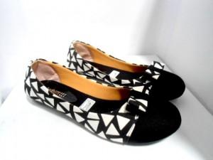 Grosir Sepatu Flat JL85 Hitam Flat Shoes Kanvas Asli