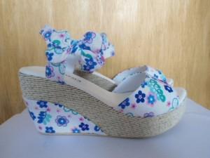 Wedges Florist Sandal Sepatu Wanita