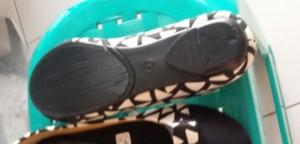 Grosiran Sepatu Flat JL85 Hitam Flat Shoes Kanvas Up to Date Tampak Belakang