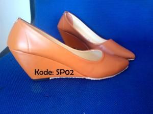 Sepatu Wedges Wanita SP02
