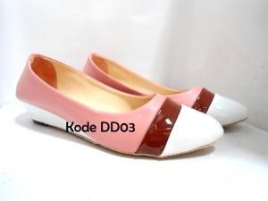 Sepatu DD03 Casual Trendy