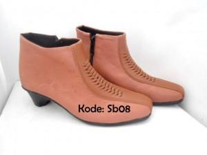 Sepatu Ankle Boots Wanita SB08 Tan