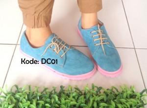 Sepatu Kets Wanita Cewek Casual Docmart DC01